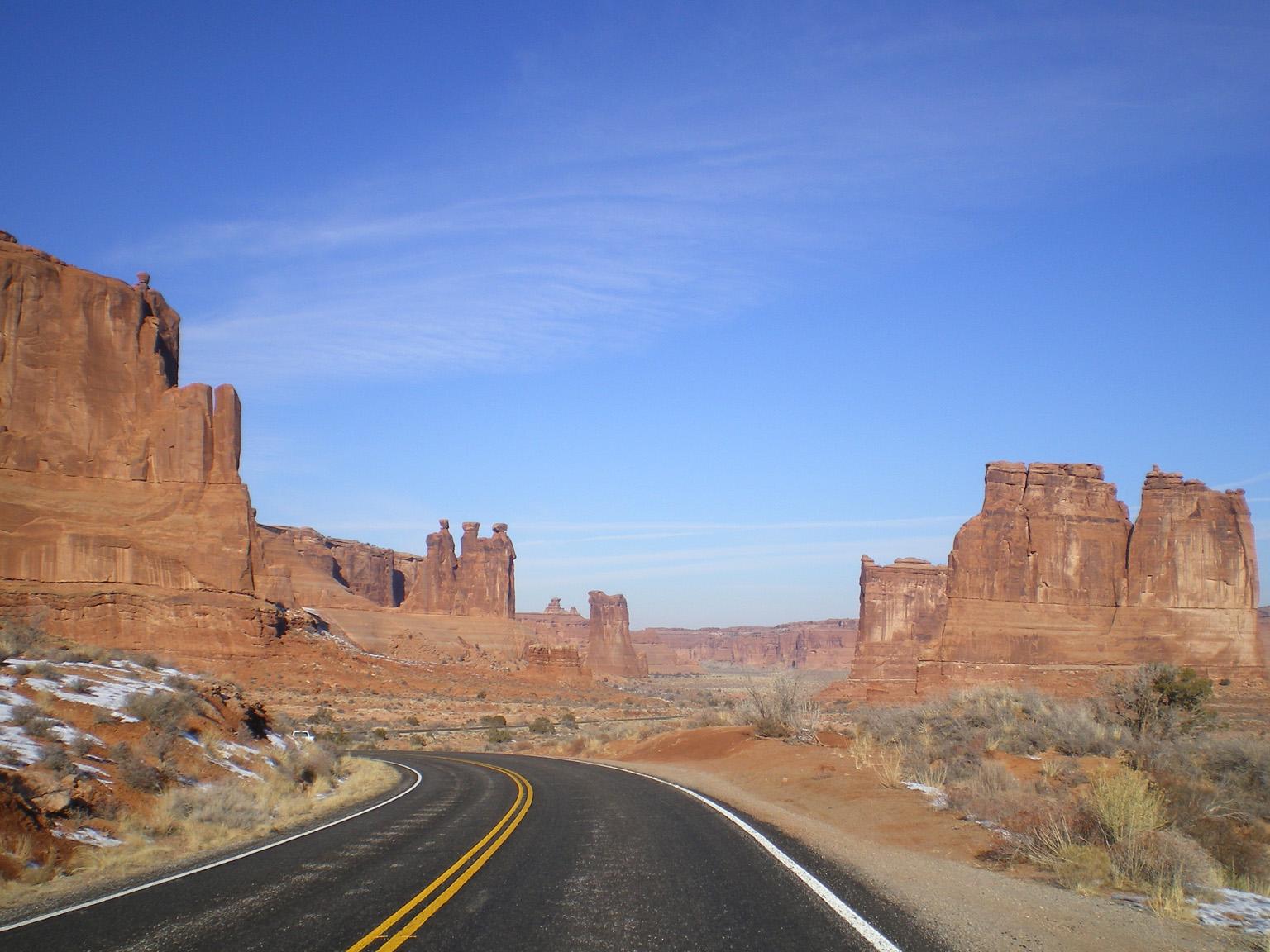 Route_du_desert_2