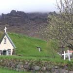 Eglise au toit de chaume